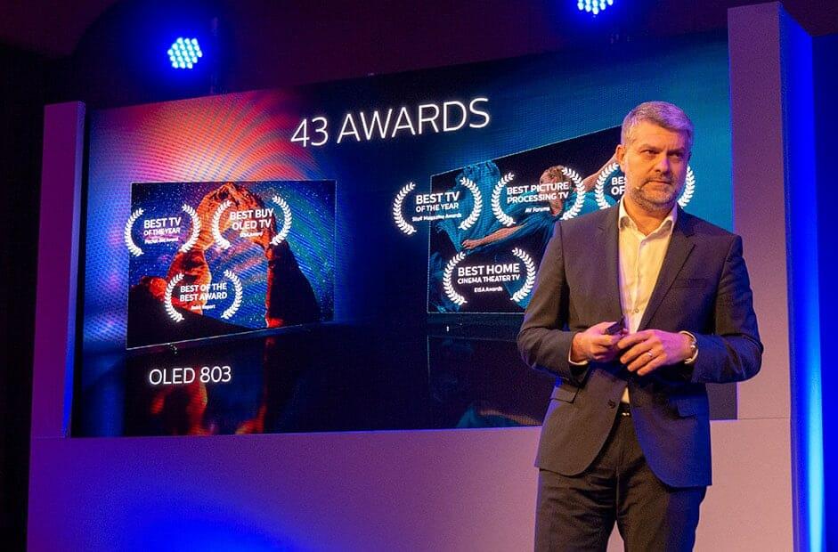 Die OLED 803 und OLED+ 903 Serien wurden mit insgesamt 43 Awards ausgezeichnet