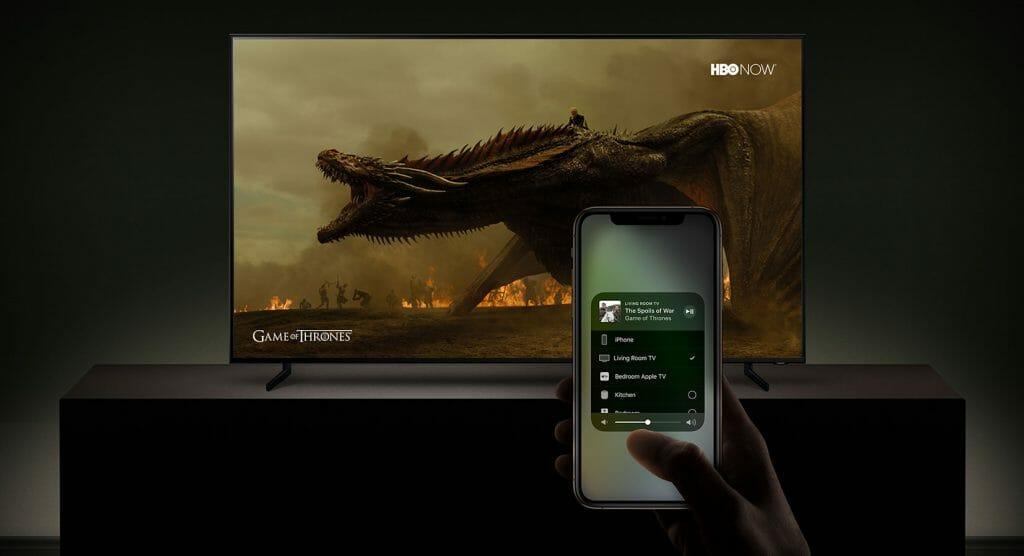 Mit Apple AirPlay 2 lassen sich Videos, Musik und Bilder und Inhalte von Drittanbietern auf Samsungs Smart TVs streamen