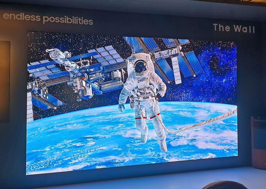 """Den 219 Zoll (5.56 Meter) """"The Wall"""" Micro LED TV hätten wir auch gerne in unserem Heimkino """"stehen"""""""