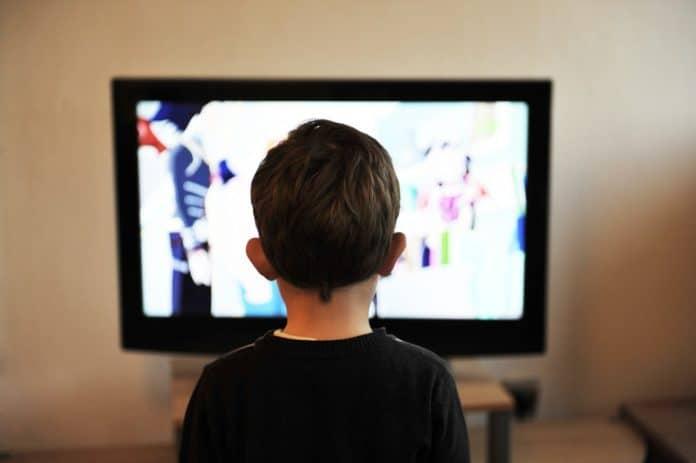 Fernsehen Alleine