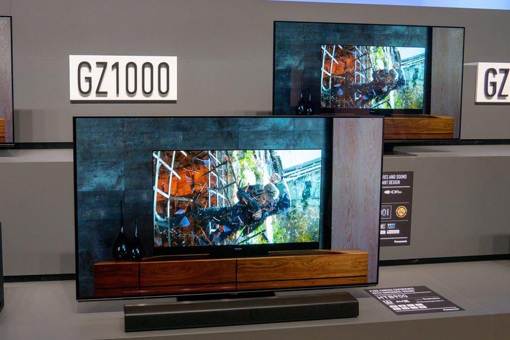 Die GZW1004 bietet ein etwas hochwertigeres Design + eine schönere Fernbedienung