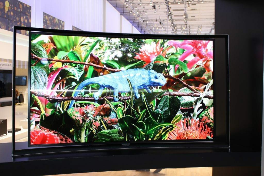 Der Samsung S9C (Full-HD) war der einzige OLED Fernseher der es in den Handel geschafft hat