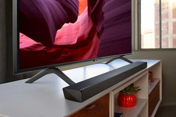 Die Samsung HW-Q60R und HW-Q70R Soundbars sorgen für besten Klang