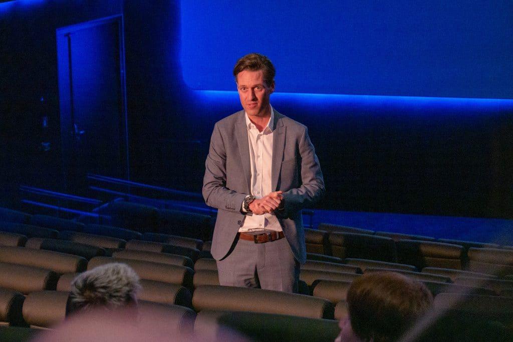 Dr. Gregory Theile, Geschäftsführer von Kinopolis stand wie die Dolby-Kollegen Rede und Antwort