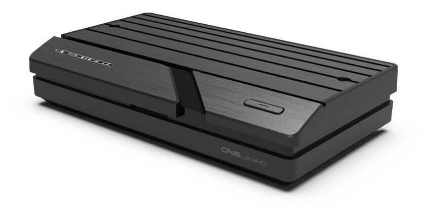 Das Design der Dreambox One Ultra HD erinnert uns etwas an die Spielekonsole die wir immer wollten, die es jedoch gar nicht gab!