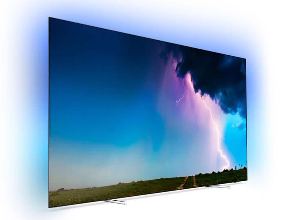 Das Design des OLED754 mit den verchromten Stanfüßen gleicht dem OLED804 (mit Android TV)
