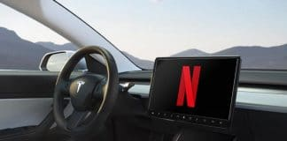 Streamingdienste Netflix und Youtube bald in Tesla Auto