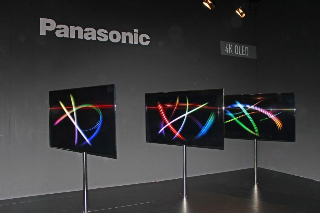4K OLED Prototypen aus der eigenen Produktion von Panasonic