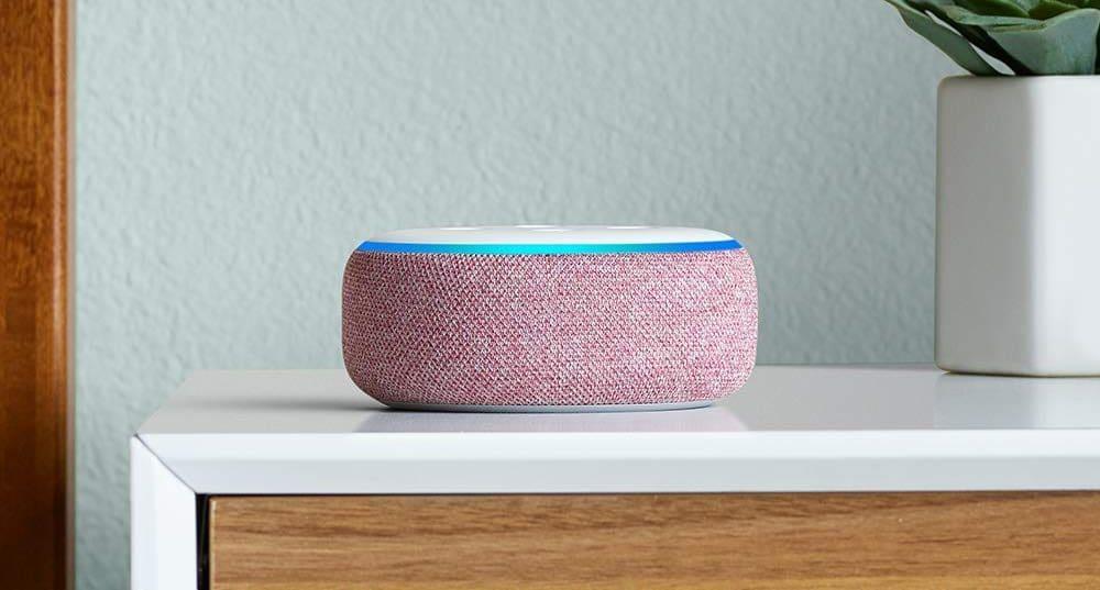 Den Echo Dot gibt es jetzt auch mit Lila Stoff