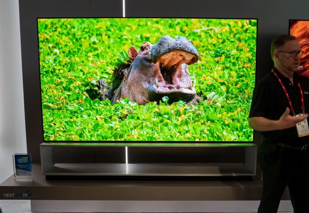 Die 88 Zoll Variante des LG ZX 8K TV