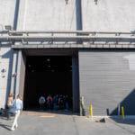 Eingang zur Produktionshalle 1 der RED Studios Hollywood