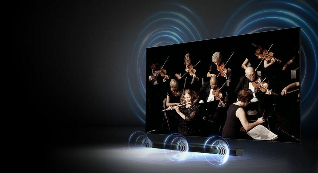 Die Q-Symphony Technologie lässt TV-Lautsprecher und Soundbar zuammen arbeiten