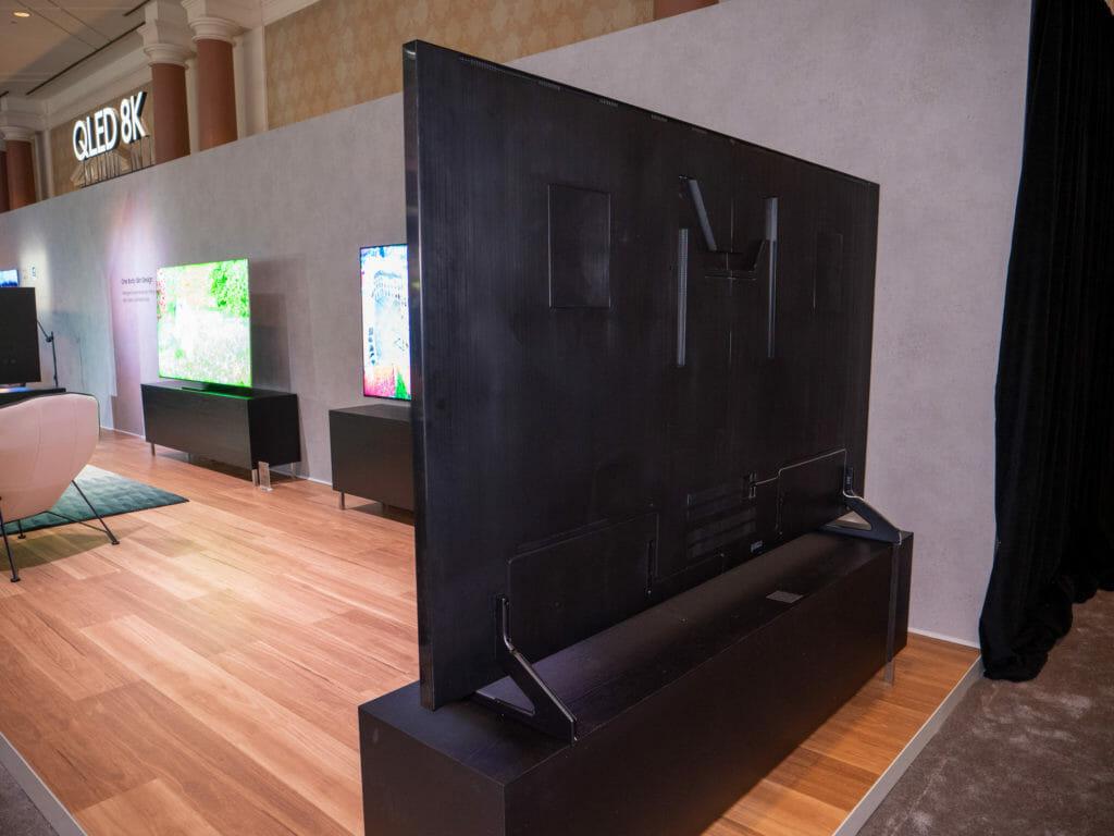 Q800TS 8K QLED TV Rückseite