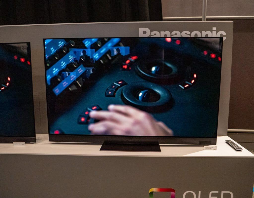 HZW2004 4K OLED 2020 Panasonic