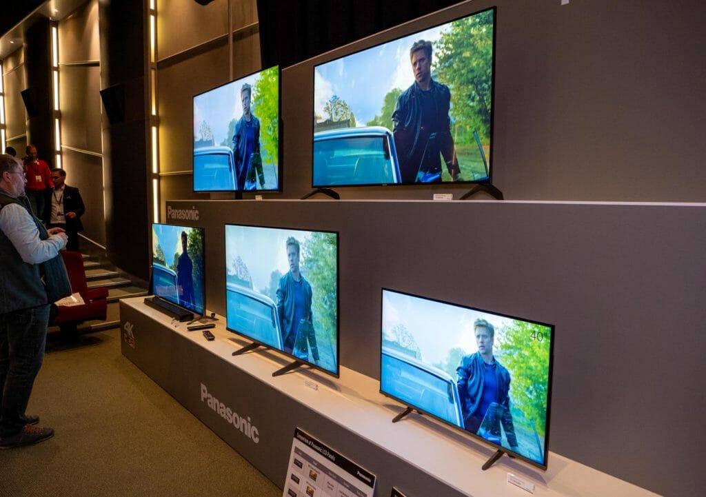 Panasonic stellte in London auch das neue 4K LCD Lineup 2020 aus
