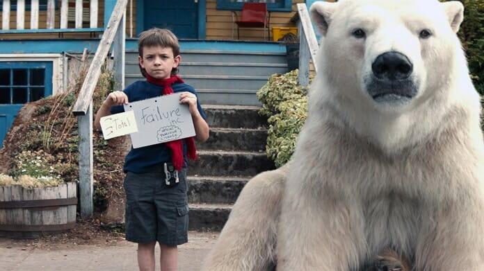 Ein Kind mit einem 1500 Pfund Polareisbären: Das ist Timmy Flop