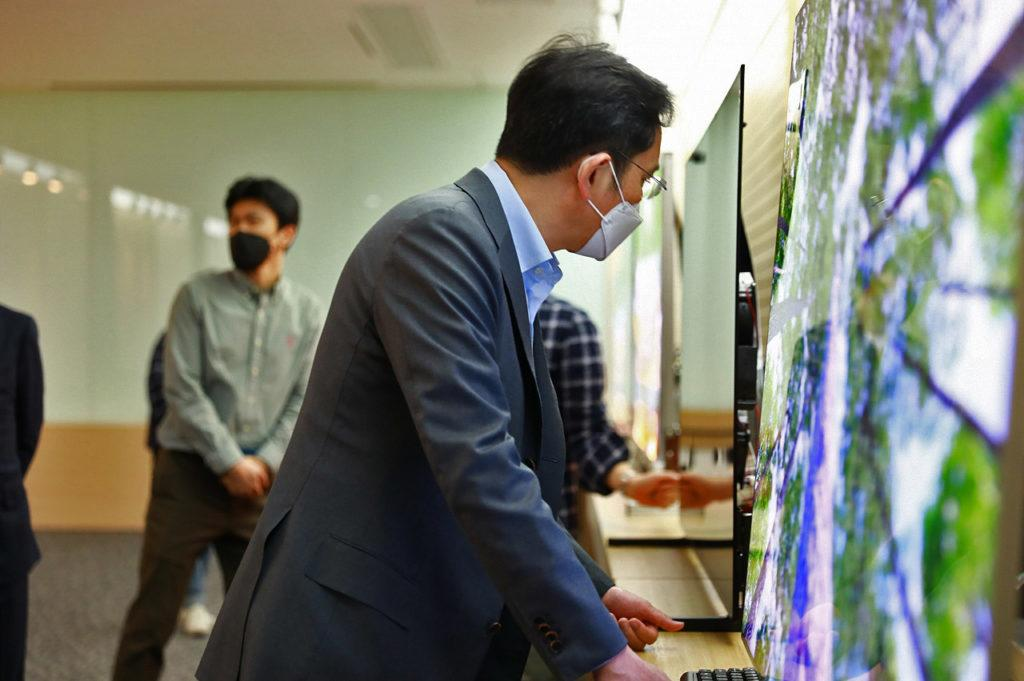 Samsung QD-OLED TV 2021