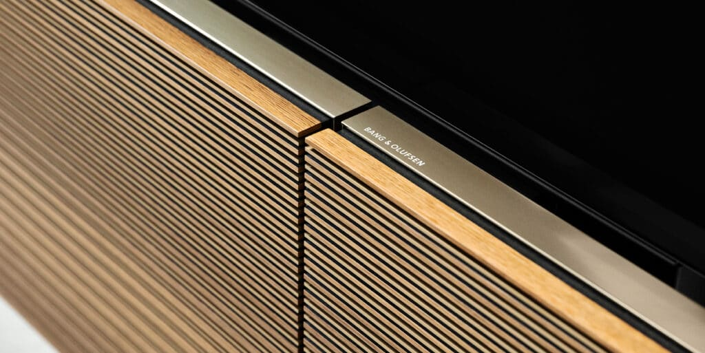 Edelste Materialien machen den BeoVision Harmony 88 aus