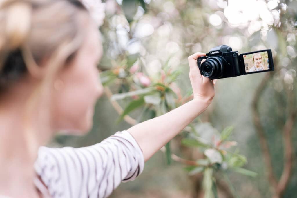 Panasonic Lumix G110 Selfie