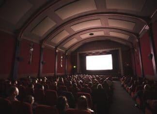 Hollywood verschiebt weitere Kinofilme