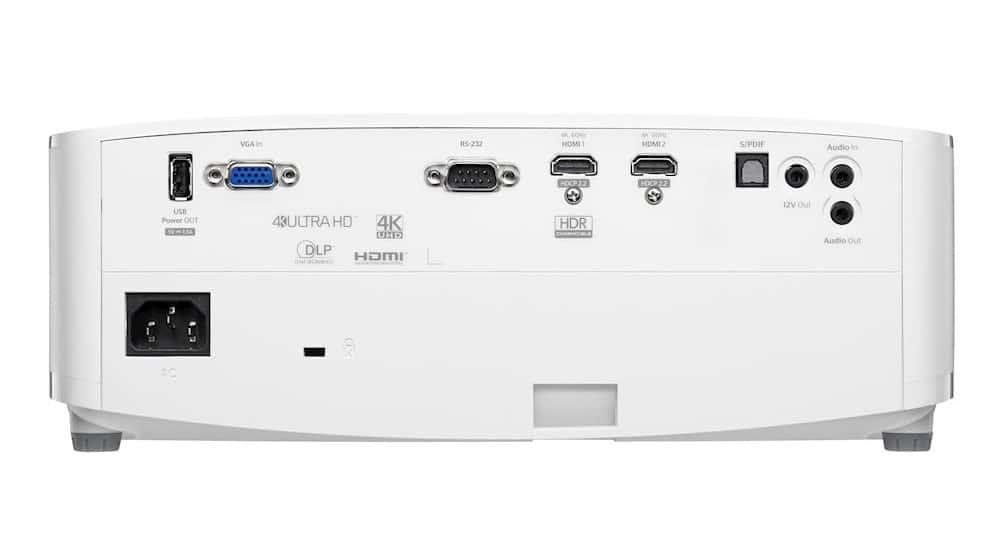 Bei den Anschlüssen des UHD35 & UHD38 gibt es nichts zu meckern. Man beachte die zwei HDMI 2.0 Eingänge (HDCP 2.2)