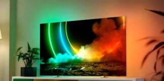 Der OLED706 4K OLED TV mit HDMI 2.1 und 3-seitigem Ambilight