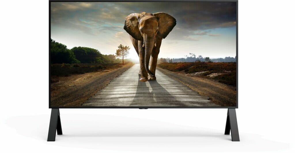 Ein dickes Ding: Der Sharp 8K 120 Zoll Bildschirm wiegt über 180 kg