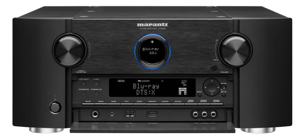 Den Marantz AV8805A gibt es lediglich in einer schwarzen Ausführung