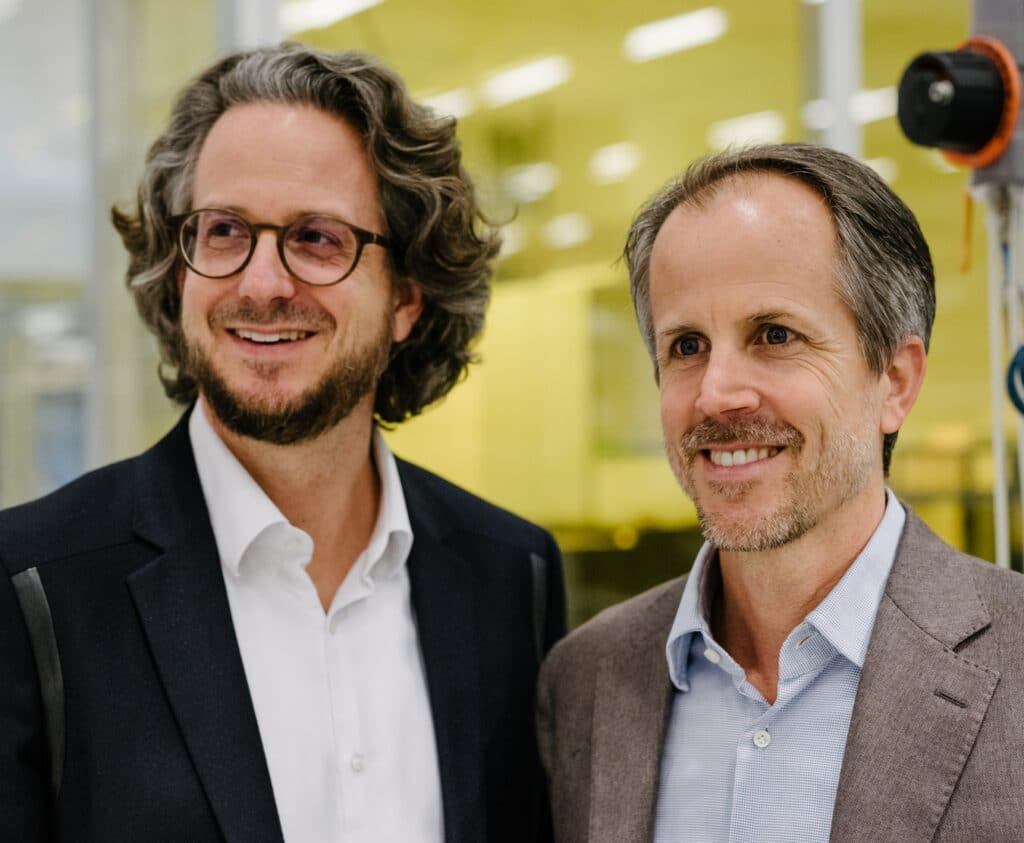Daniel und Andreas Sennheiser begrüßen den Deal mit Sonova.