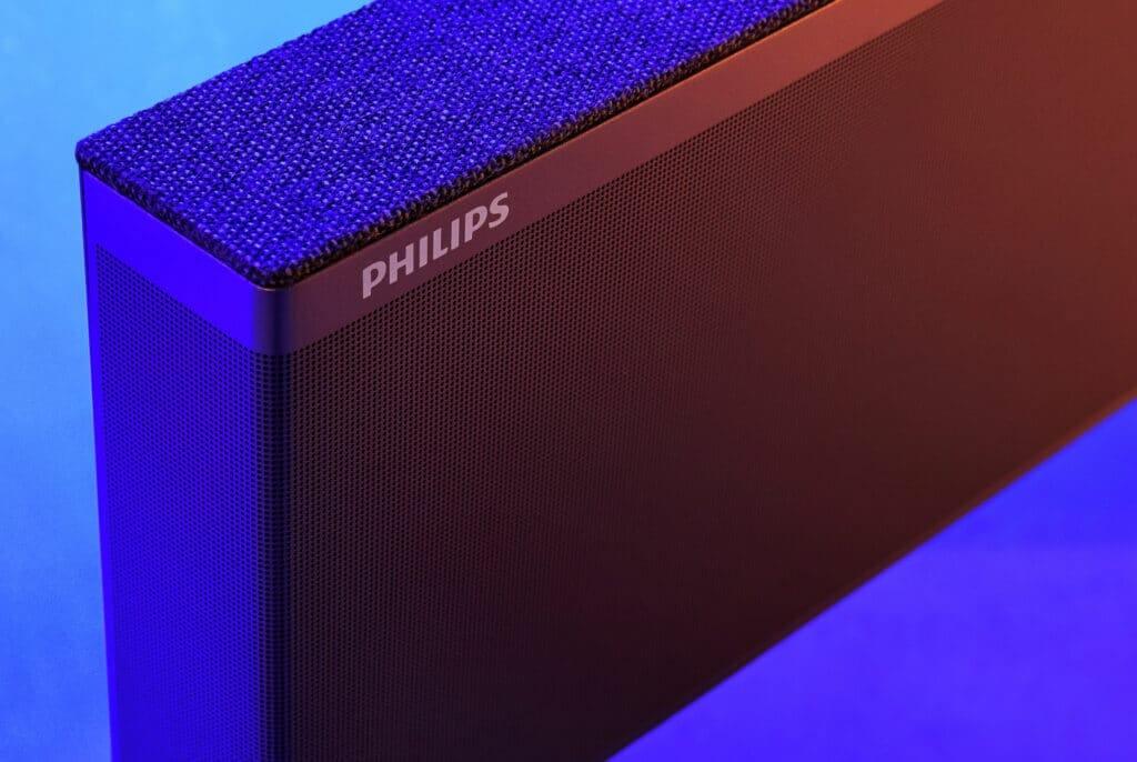 Die hochwertige Soundbase von Bowers & Wilkins definiert den OLED986 von Philips