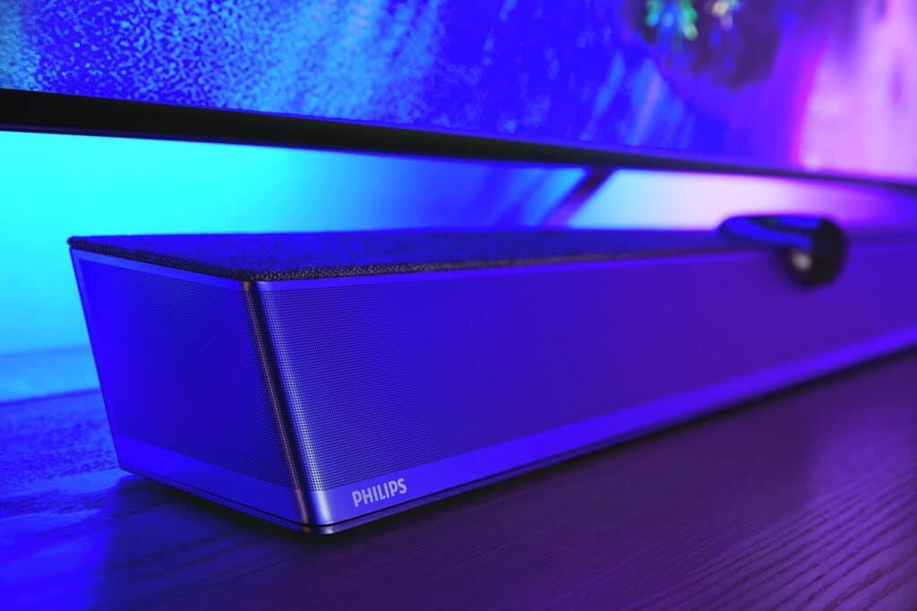 Der OLED+936 definiert sich auch durch seinen guten Out-of-the-Box-Klang mit der 3.1.2 Dolby Atmos Soundbase von Bowers & Wilkins