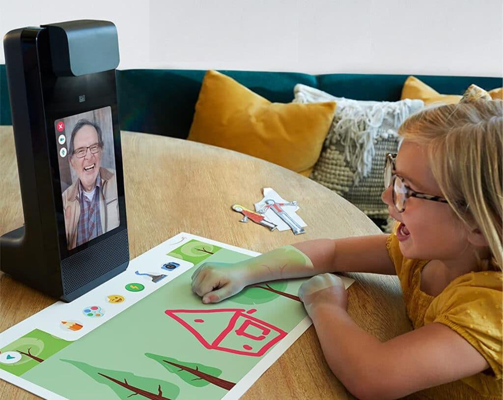 Amazon Glow kombiniert ein Display für Videotelefonie mit einem Projektor