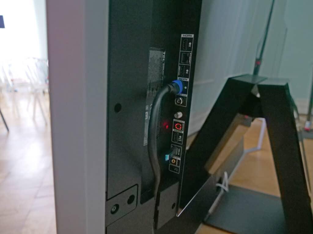 Alle Anschlüsse befinden sich auf der Rückseite des X925 Pro inkl. 4x HDMI 2.1