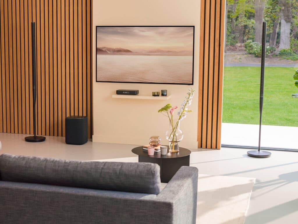 Das drahtlose Radiance 2400 Audio-System von Harman Kardon